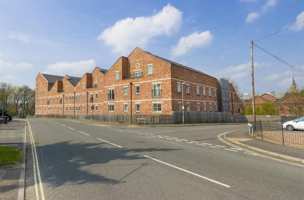 Piccadilly Heights, Wain Avenue, Chesterfield